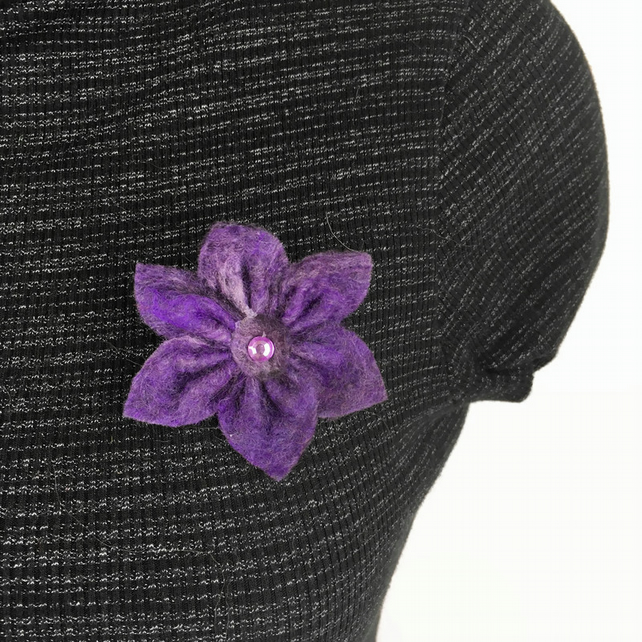 Felt flower brooch in shades of purple