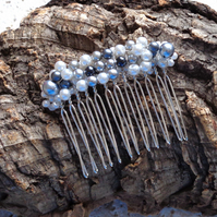 Hair comb. Silver-grey & white pearl