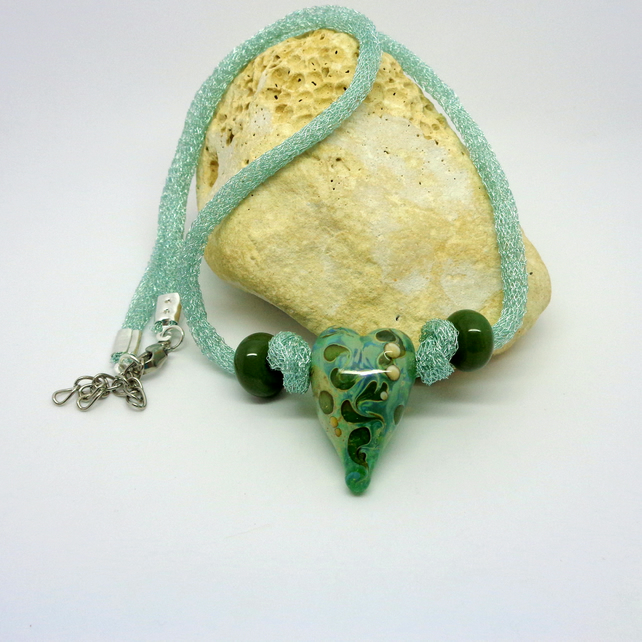 Lampwork glass heart green necklace