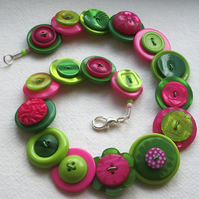 Lime, hot pink and green button necklace FREE UK SHIPPING