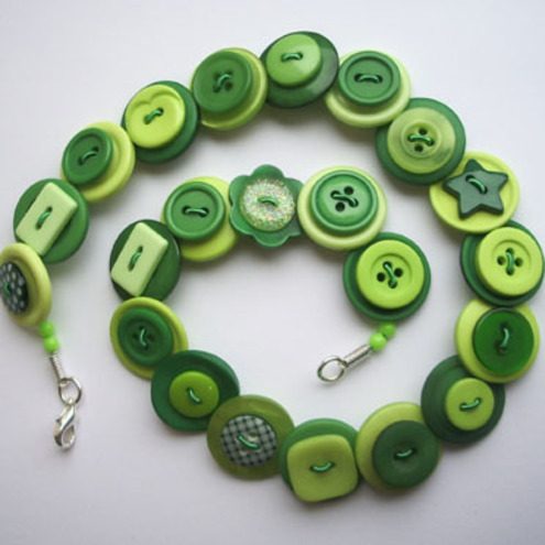 Dark green and lime green button necklace