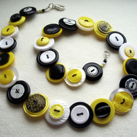 Yellow, black and white button necklace - Free UK Shipping