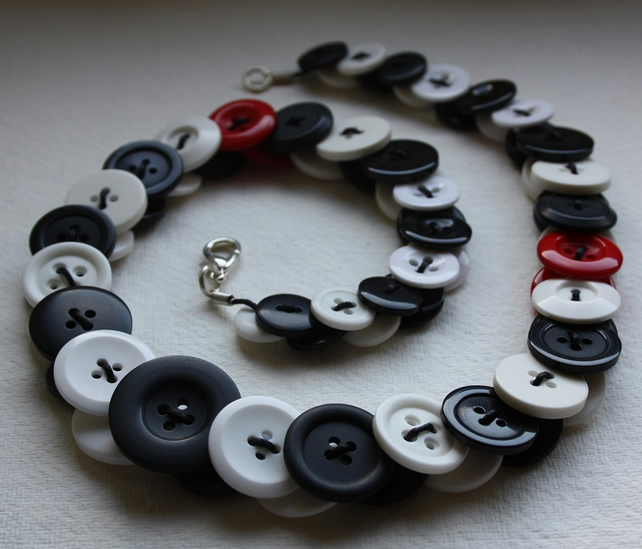 Black, White and Red Button Necklace