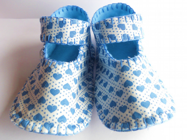 Baby Booties Blue Mini Heart