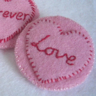 Lovehearts Candy Hearts Felt Pin - Pink Love