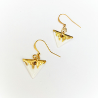 BEAUTIFUL PORCELAIN and GOLD Earrings