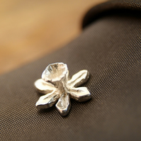 Mens Silver, Daffodil Tie Pin, Flower Stud, Lapel Pin.
