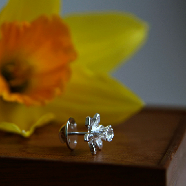 Silver Tie Pin - Handmade Sterling Silver Daffodil Pin