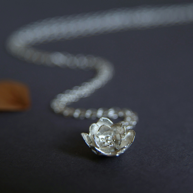 Flower Necklace - Sterling Silver Blossom Necklace - Pretty Flower Gift