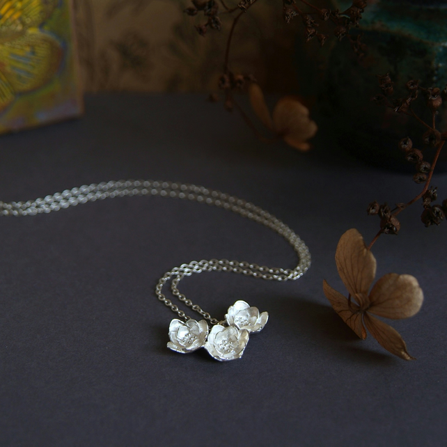 Silver Flower Necklace - Blossom Flower Pendant - Floral Design in Silver