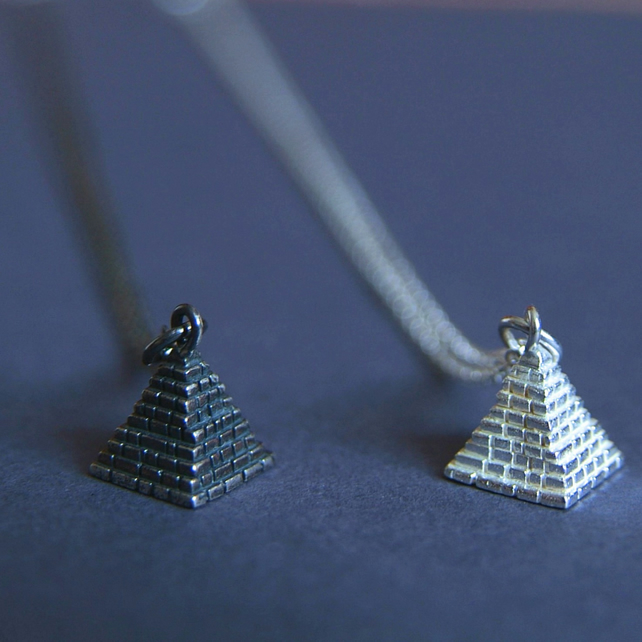Silver Pyramid Necklace - Geometric Jewellery - Egyptian Pyramid Charm