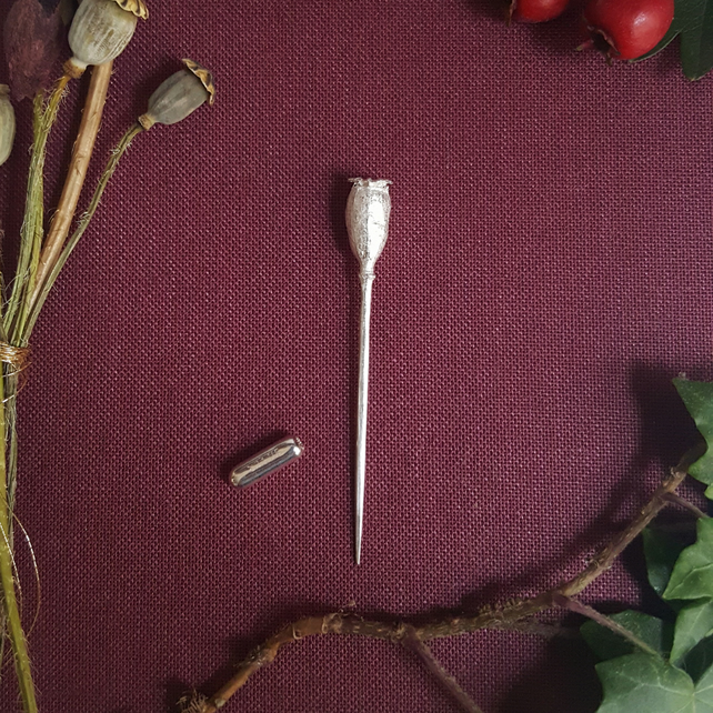 Poppy Pin, Silver Stick Pin with Seedpod, Nature Jewellery, Botanical Gift
