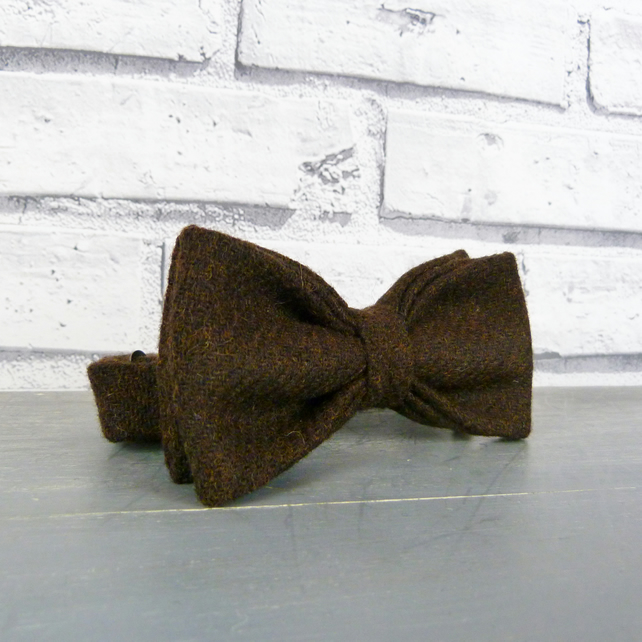 Yorkshire Tweed Bow Tie - Dark Brown Twill