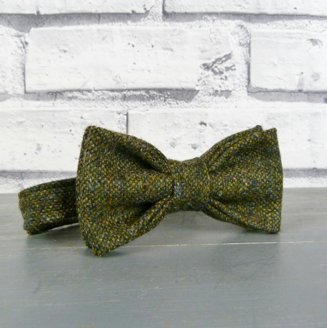 Boys Bow Tie - Dark Green Yorkshire Birdseye Tweed