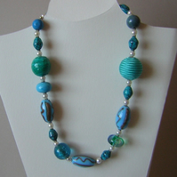 Chunky blue and aqua beads necklace
