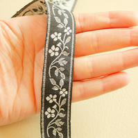 Black And White Cotton Floral Trim One Yard Lace 25mm Wide