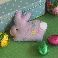 Bunny brooch - hand embroidered felt rabbit - soft lilac - Easter gift