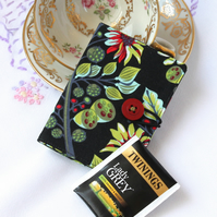 Teabag wallet, travel tea bag holder - Autumn seed heads - black, olive green