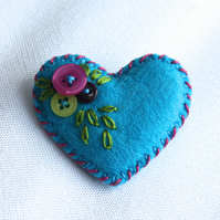 Turquoise felt heart brooch - tiny buttons and hand embroidery