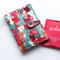 Quirky cats tea bag wallet - perfect for travellers - carry your tea in style