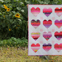 'Big Love' baby quilt or wallhanging - patchwork - hearts design