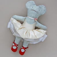 Red Shoes Ballet Mouse