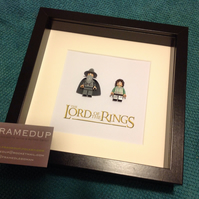LORD OF THE RINGS - FRAMED LEGO FIGURES