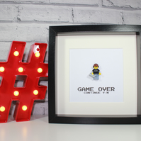 VIDEO GAME RETRO GAMER GUY - FRAMED LEGO MINIFIGURE