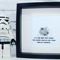 MILLENNIUM FALCON - Star Wars - framed Lego mini build