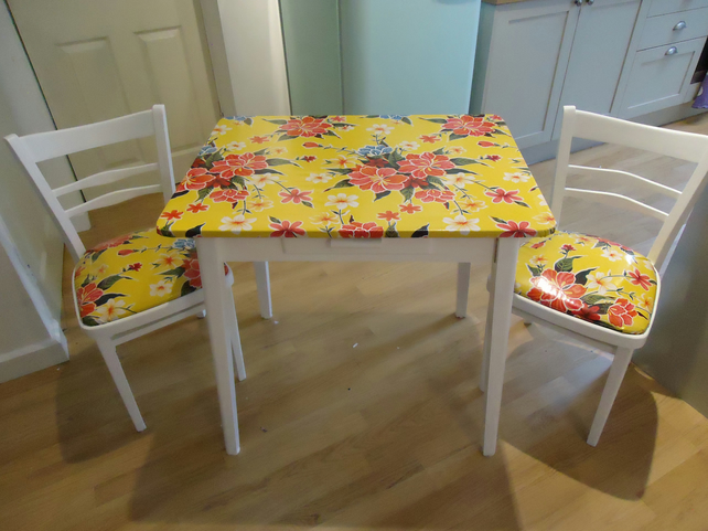 Great Retro Kitchen Table and Chair Sets 642 x 482 · 139 kB · jpeg
