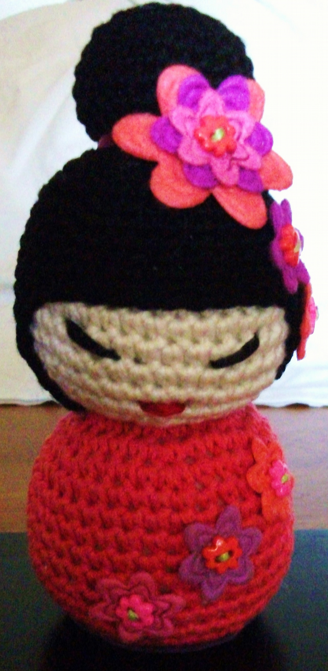 crochet - part 1 of 2) How To Crochet a Kokeshi Japanese Doll ... | 1000x489
