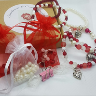 Strawberries & Cream Bracelet Making Kit