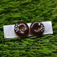 Sweet post stud handmade earrings white icinig donut doughnuts