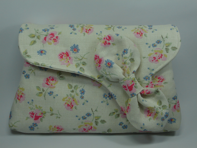 Cath Kidston Wedding Gift List : ... Bag, Cath Kidston Fabric, Floral clutch bag, Wedding bag, Gift Idea