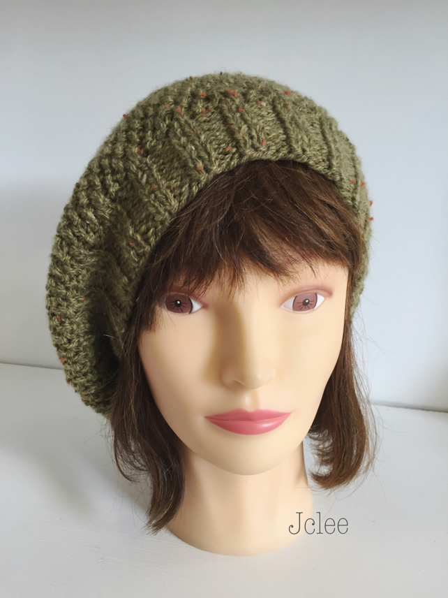 Womens knit Beret, Olive Green Hat, French Beret, Knitted Wool Gifts