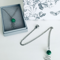 Emerald Green Round Gemstone Pendant Necklace for May Birthday Gift Ideas