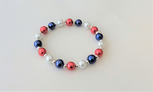 Red white and blue glass pearl elasticated stretch bracelet