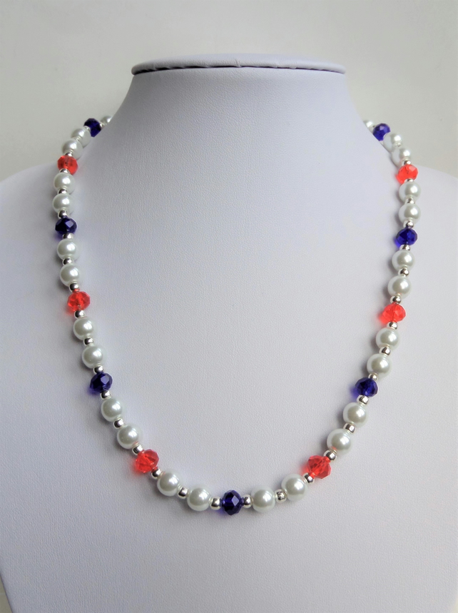 Red white and blue glass pearl and crystal bead necklace.