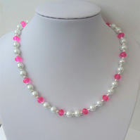 White glass pearl dark pink rondelle crystal bead necklace