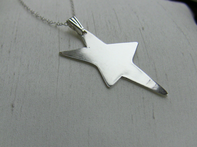 Sterling Silver Stretched Star Pendant, P106