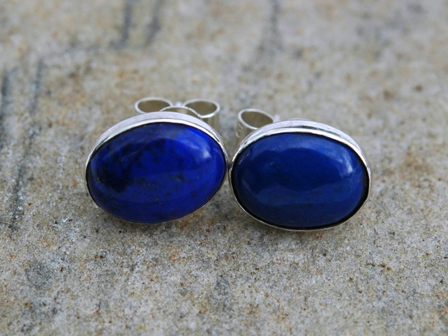 Sterling Silver Oval Stud Earrings with Lapis lazuli Gemstones,  E96