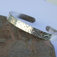 Sterling Silver Cuff Bangle with Imprinted Pattern,  B118
