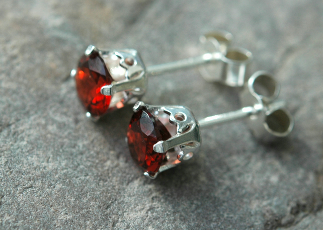 Faceted Garnet and Sterling Silver Stud Earrings,  E136