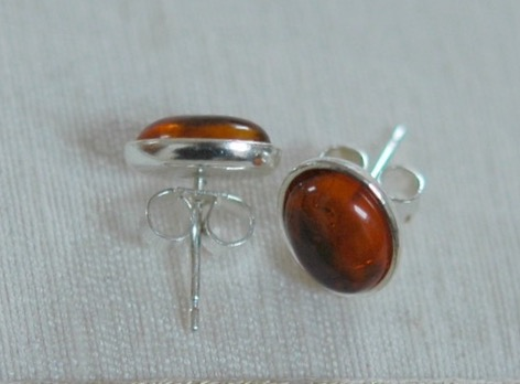 Sterling silver and amber oval stud earrings,  E81