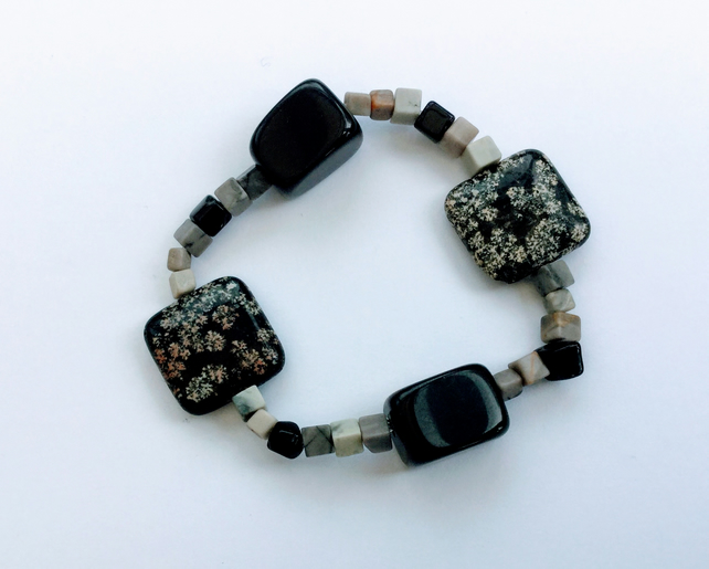 Gemstone Stretch Bracelet, Black and White