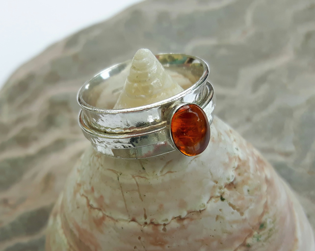 Silver Spinner Ring with Amber