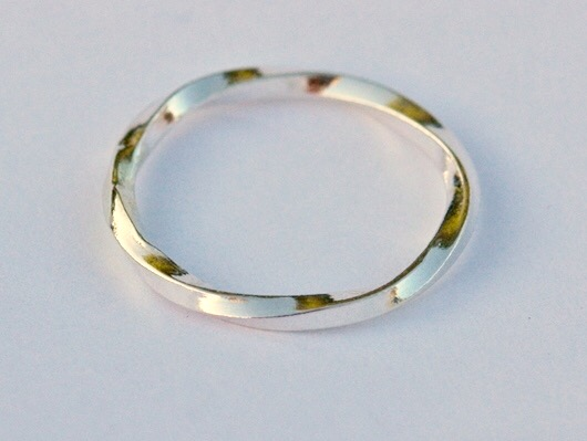 Sterling Silver slimline Twist Ring, size M and a half