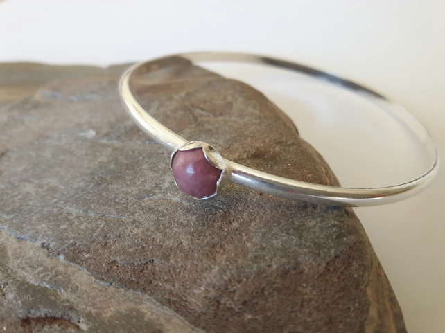 Sterling silver bangle with pink Rhodonite Gemstone