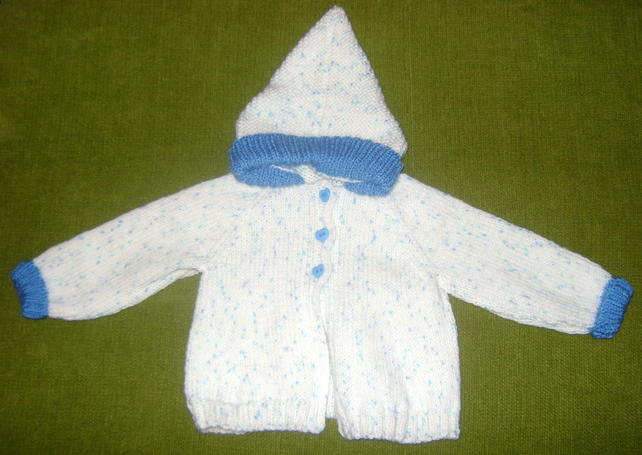 Sweet 'Red Riding Hood' Style Cardigan in White and Blue. 9-12 months.