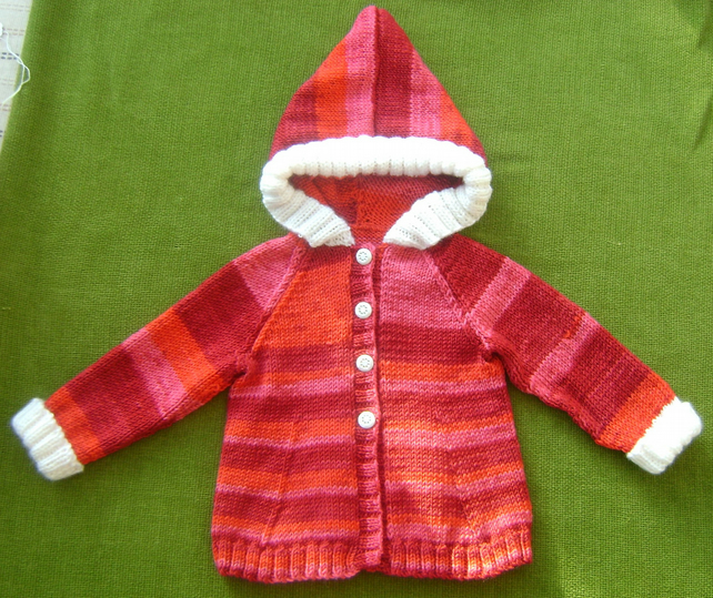 Sweet 'Red Riding Hood' Style Cardigan in Random Reds and White. 6-12 months.